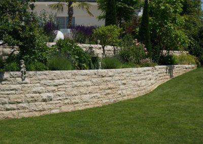FROMMER gartenreich - Natursteinmauer